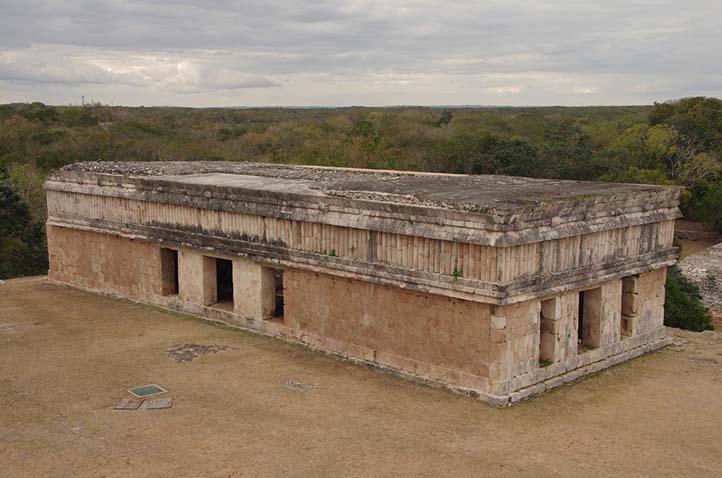 Casa de las tortugas en Uxmal